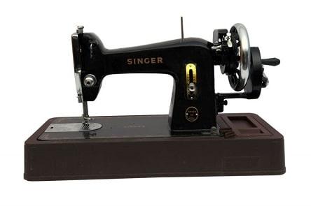 تفسير ماكينة الخياطة في الحلم رؤية مكينة الخياطة في المنام