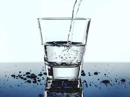 تفسير الماء في المنام رؤية شرب الماء في الحلم لابن سيرين