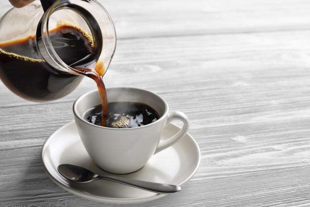 تفسير حلم صب القهوه في المنام لابن سيرين