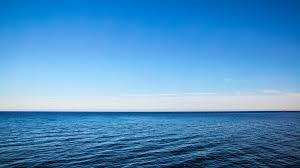 تفسير رؤيه البحر في المنام للعزباء للمتزوجه للحامل للرجل