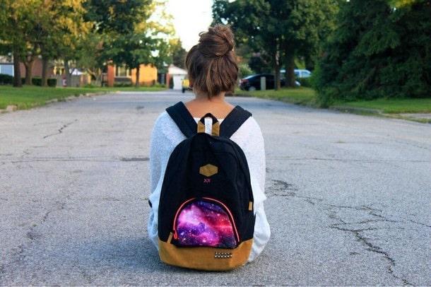 تفسير حقيبة الظهر في المنام معنى الحقيبة في الحلم