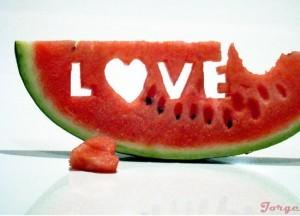 تفسير بزر البطيخ في الحلم رؤية أكل حب البطيخ في المنام